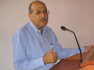 Mohan Gurnani, President of the Federation of Associations of Maharastra, convenes the Joint Action Committee.