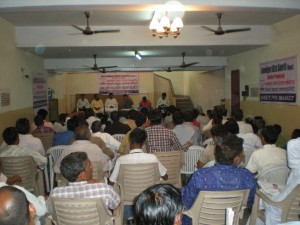 Hawkers Meeting at Sindhu Samaj Hall on 21st April 13